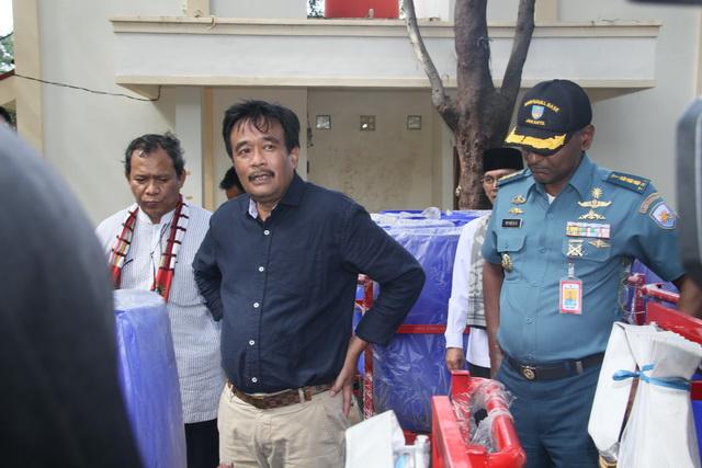 Photo of DKI Gandeng TNI-Polri Perangi Prostitusi di Apartemen dan Rusun
