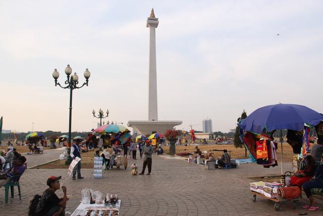 Photo of Ahok: Banyak Aksi Pemalakan, Jumlah Pengunjung Monas Berkurang
