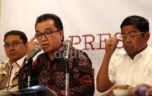 Photo of Lawan Ahok, Golkar Jagokan Tiga Nama