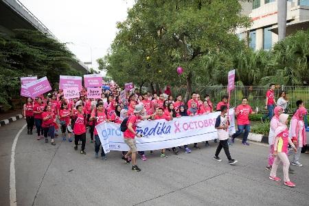 Photo of Garda Medika Octobreast Sukses Gelar Acara Jakarta Goes Pink
