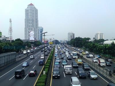 Photo of Jalan Gatot Subroto Menuju Semanggi akan Dilebarkan