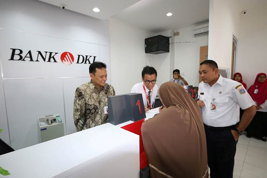 Photo of Dukung Komunitas Rusun, Bank DKI Buka Outlet di 3 Rusun Ibukota