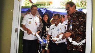 Photo of Gandeng BNI dan BI, Pemkot Jakbar Hadirkan Program Saung Edukasi Pengelolaan Sampah