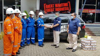 Photo of PT Jasa Armada Indonesia Bagikan Paket Sembako dan APD untuk Warga Terdampak Covid-19