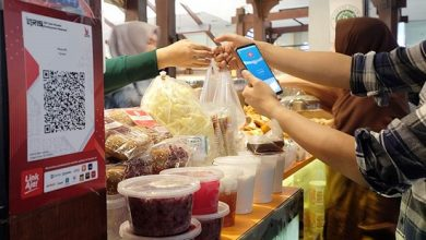 Photo of Kominfo-LinkAja Hadirkan Pembayaran Online di Pasar Tradisional Jakarta