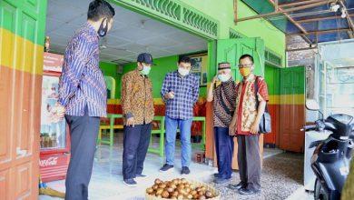 Photo of LPDB KUMKM Perkuat Permodalan Petani Salak Madu di Sleman Lewat Koperasi