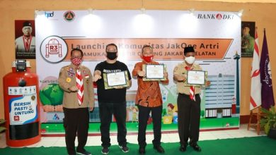 Photo of Bank DKI Ajak Pramuka Jaksel Peduli Lingkungan Dengan JakOne Artri