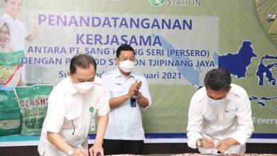 Photo of Amankan Pasokan, PT Food Station Lanjutkan Kerjasama dengan PT Sang Hyang Seri