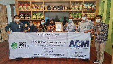 Photo of Komitmen Menghasilkan Produk Berkualitas, Food Station Raih Sertifikat SNI ISO 9001:2015