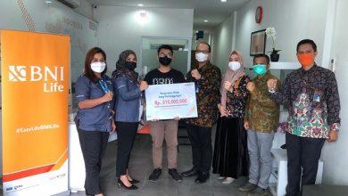 Photo of BNI Life Bayarkan Uang Pertanggungan Sebesar 315 Juta Rupiah Kepada Ahli Waris Nasabah