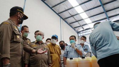 Photo of Dirut RNI Dampingi Kunjungan Kerja Menteri Pertanian ke Pabrik Kimia