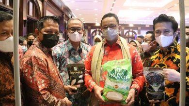Photo of Food Station Hadirkan Stand dan Ajak 30 Pedagang Pasar Induk Beras Cipinang di Acara Misi Dagang dan Investasi Jatim di Jakarta