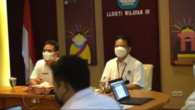 Photo of Hampir 2 Tahun Hadapi Pandemi, Kampus di DKI Jakarta Siap Gelar Pembelajaran Tatap Muka Terbatas